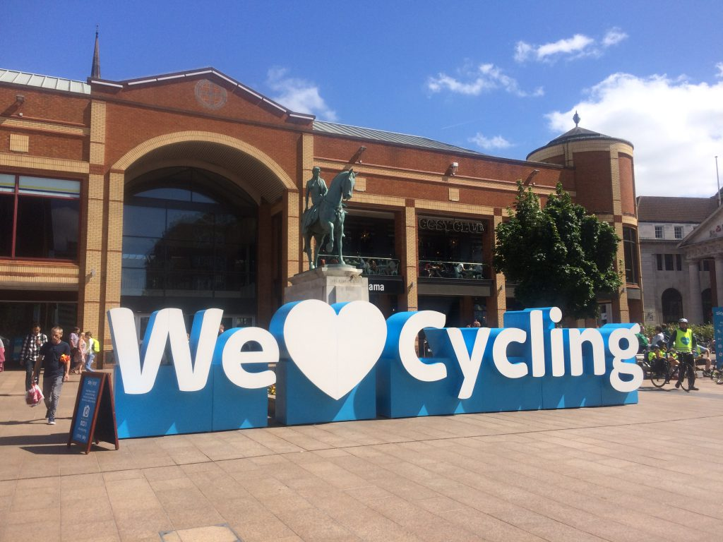 We heart cycling text by the Godiva Statue